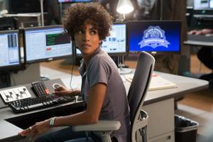 Riveting 'Call' hangs up without a decent third act