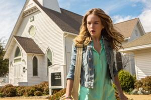 What to watch: 'Under the Dome' premieres on CBS