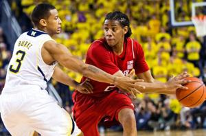 Second half boosts No. 2 Michigan past NU