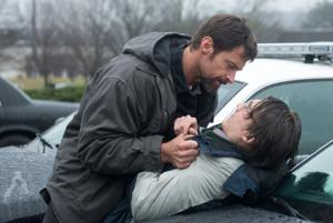Film review: In 'Prisoners,' acting is as strong as tale is dark, tense