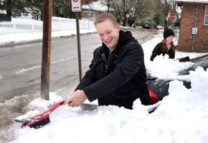 Snow fell in a narrow band across region