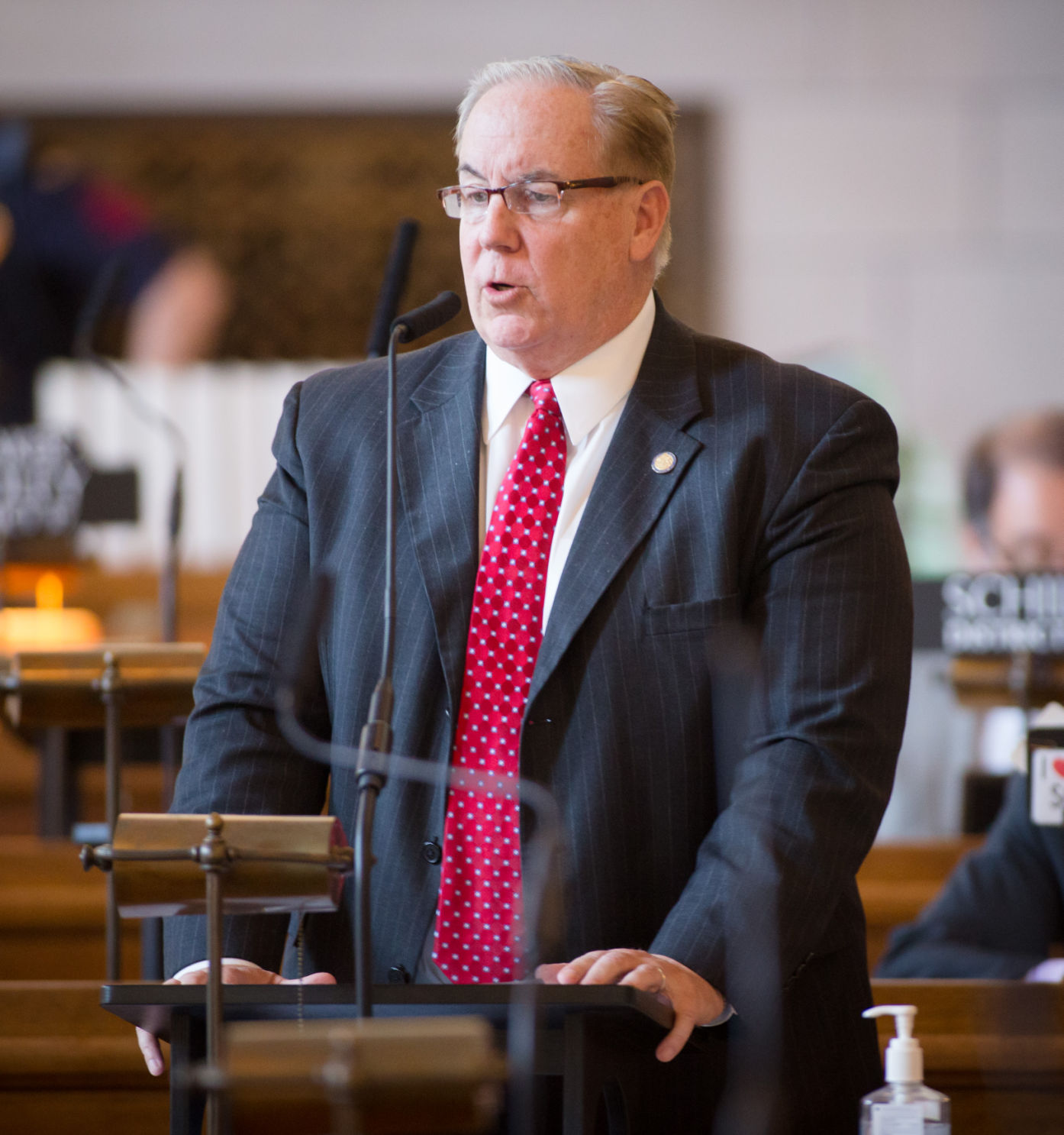 Panel tells embattled Nebraska senator to resign by Friday