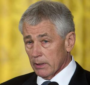 Hagel continues his wooing of lawmakers on Capitol Hill