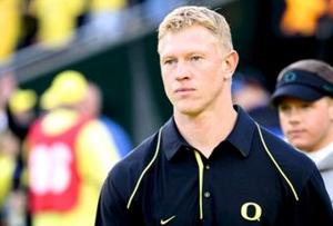 Ducks name Helfrich coach; sources say Frost named OC