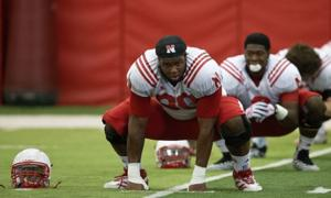 Marcus Newby can help Huskers at defensive end, Pelini says