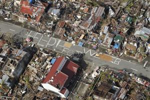 Aid operations pick up pace in Philippines