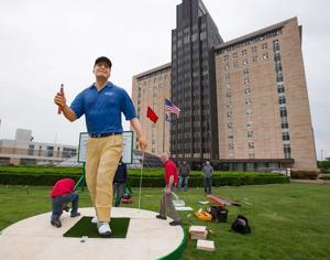 Statue honors Mutual-sponsored golfer, who'll vie in U.S. Senior Open
