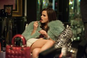 Film review: Theft an addictive thrill for teens in 'Bling Ring'