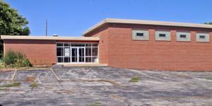 Cornerstone Christian may lease LaPlatte school