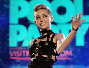 What to watch: 'Miley Cyrus Unplugged' on MTV