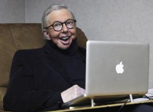 Movie critic Roger Ebert dies