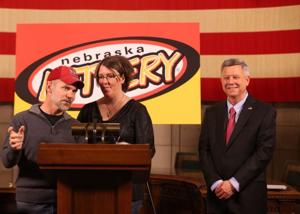 Gretna Powerball winners pick up ceremonial check