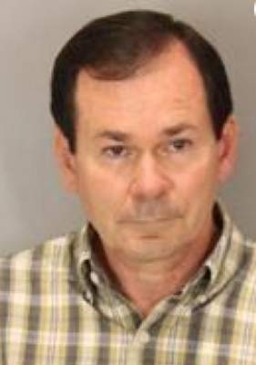 Former Ralston teacher sentenced for groping students in front of class