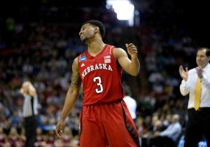 Tim Miles ejected as Baylor bounces Huskers from NCAA tournament