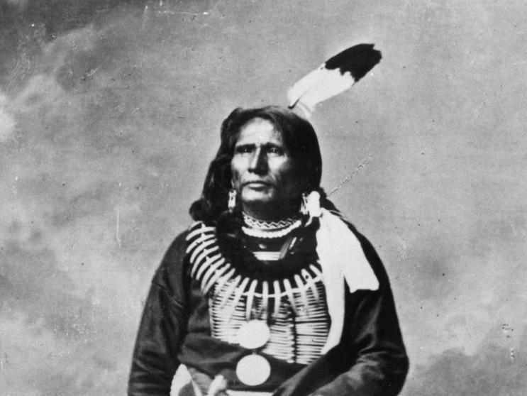 Bill would replace Columbus Day with day honoring Chief Standing Bear, other Native American leaders