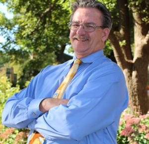 Official at Omaha's Henry Doorly Zoo elected head of national wildlife veterinarians group