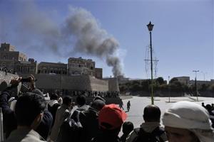 Assault on Yemen's Defense Ministry kills 52
