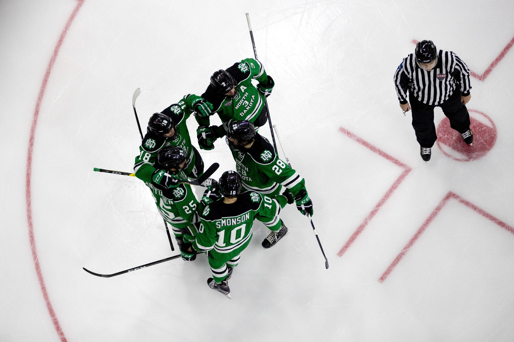 NCHC: North Dakota Storms Ahead With Early Scoring Blitz, Coasts To Blowout Of UNO