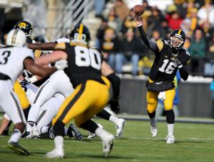 Barfknecht: Iowa's drive toward a title engineered by Beathard