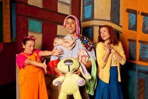 Review: 'Knuffle Bunny' at Rose gets its point across
