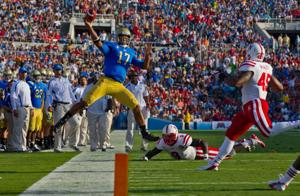 McKewon: Time for Beck to loosen up Husker offense, exploit UCLA's flaws