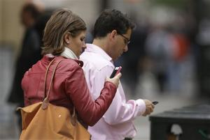 Carriers reject kill switch for stolen smartphones