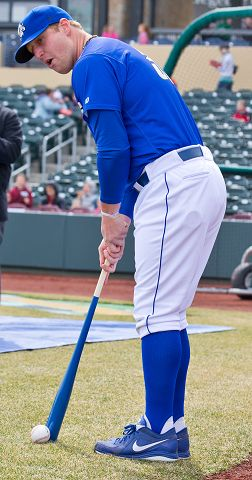 Notes: Smith starts season with Storm Chasers