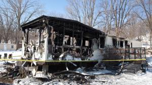 Bellevue mobile home fire kills 2, stuns friends