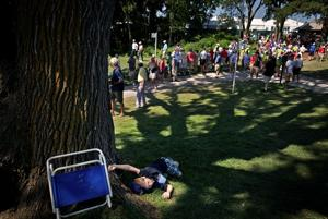 Unlike tailgating, rowdy CWS crowds, Senior Open fans 'quiet, reserved and grown-up'