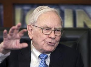 Warren Buffett says successor should get stock options