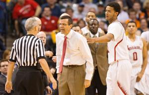Notes: No-call angers NU's Tim Miles