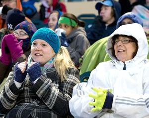 As temperature dips, so does attendance