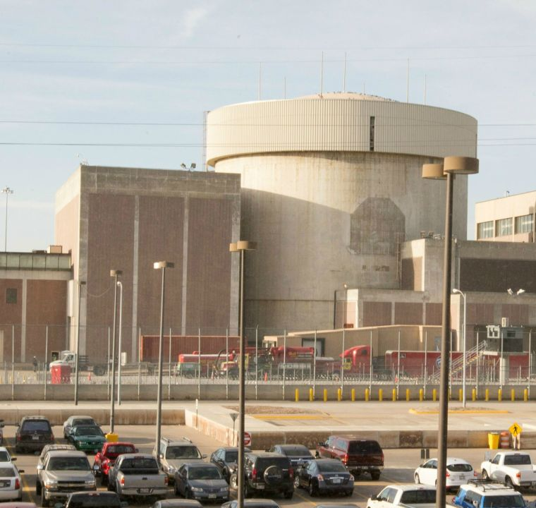 OPPD's Fort Calhoun nuclear plant has become too expensive to run, company says - Omaha.com: Money