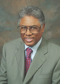 Thomas Sowell: Immigrants' admirable can-do spirit
