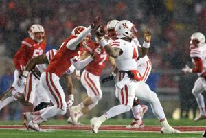 Chatelain: As snow falls, so does the Huskers' image