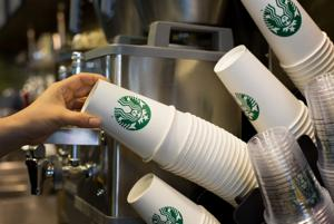 Starbucks ready to unveil mobile tipping option