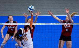 Longhorns sweep Huskers to reach Final Four