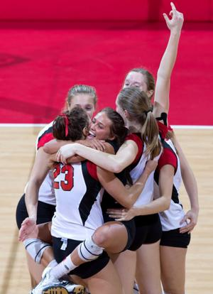 Huskers earn five-set win over Wildcats