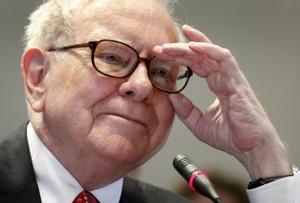 Warren Buffett: Failure to raise nation's debt limit would be 'dumb'