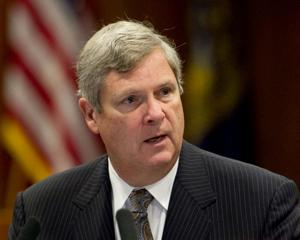 Rural America must work on sales pitch, ag chief Tom Vilsack says in Lincoln speech