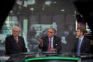 Warren Buffett watch: Promoting book's message is 3-man job