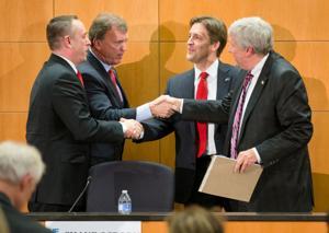 Nebraska's GOP Senate race a test of Tea Party's national strategy