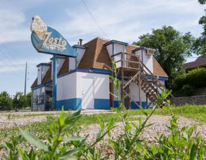 Zesto, other establishments near old Rosenblatt Stadium struggle since CWS move