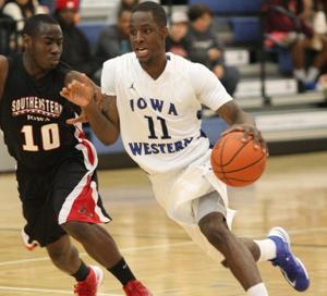 Iowa Western combo guard Brooks signs with Creighton