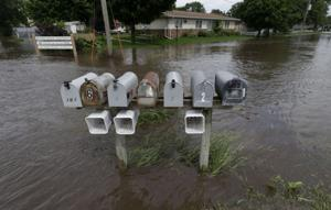 As New Hartford relaxes, Independence braces for heavy floods