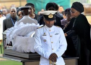 Black and white, thousands bid farewell to Mandela