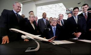 Union rift on display in vote on revised Boeing contract
