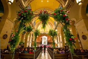Flowers fill St. Cecilia Cathedral for annual festival