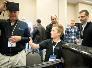Technology – including Google Glass – gets a try-on at Omaha Infotec conference