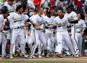 Pivovar: Flat seams getting college baseball back to its old self